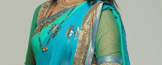 तेजश्री प्रधान मराठी मूवी अभिनेत्री. संपूर्ण बायोडाटा आणि चित्रे खाली दिलेली आहेत . Name : Tejashri Pradhan (तेजश्री प्रधान) Birth date : 2 June Current City : Mumbai . Education...