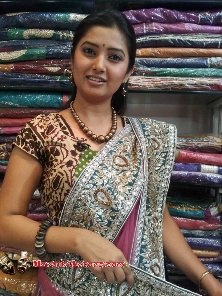 prajakta mali marathi actress photos1