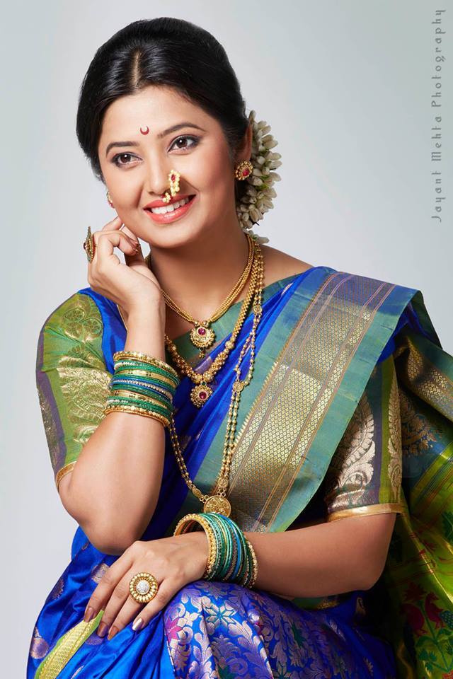 Marathi Actress Photos,Wallpapers,Images,Biography,Wiki - Holiday and ...