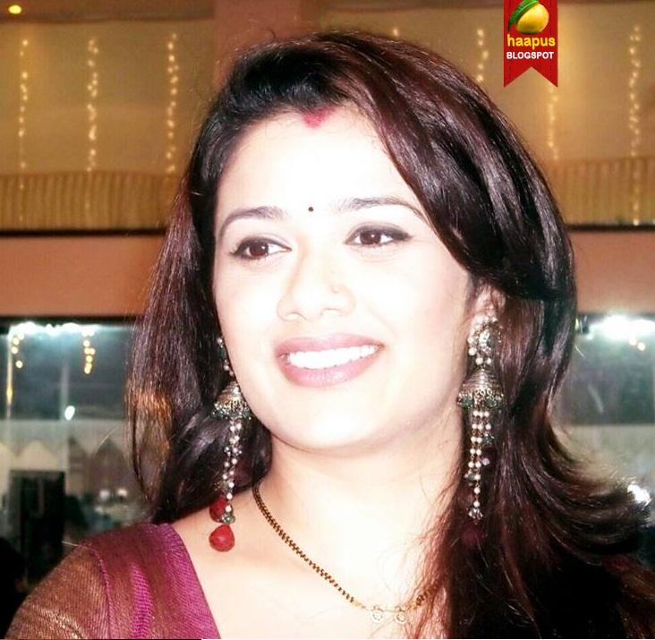 actress-Girija-Oak-hot-photod-haapus-blogspot-in-stars-pixvix-blogspot ...