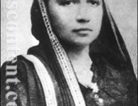 मादाम कामा जन्म – २४ सप्टेंबर १८६१ मुंबई मृत्यू – १९ ऑगस्ट १९३६ नाव – श्रीमती भिकाबाई रुस्तुम कामा भारतीय स्वातंत्र्यासाठी ज्यांनी स्वतः जीवन पूर्णपणे समर्पित केलं त्या भिकाबाई...