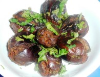 Wangyachi Bhaji : Its a traditional maharashtrian dish prepared in all houses. This is simple recipe made with brinjals. For this recipe we require slight more oil for frying the...